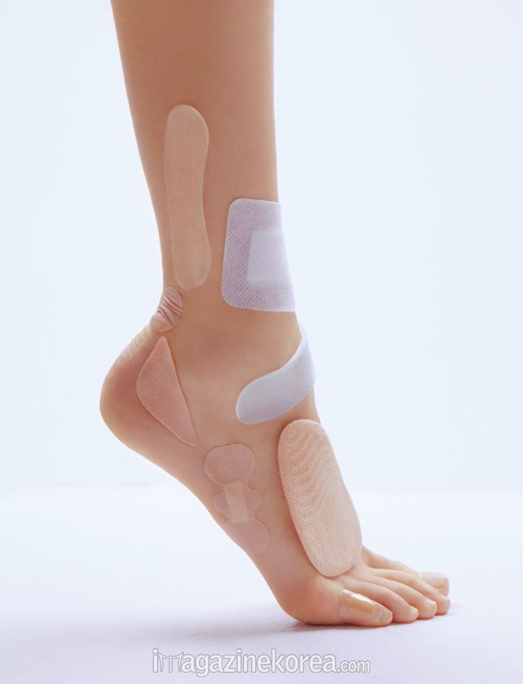 BARE FOOT SEASON