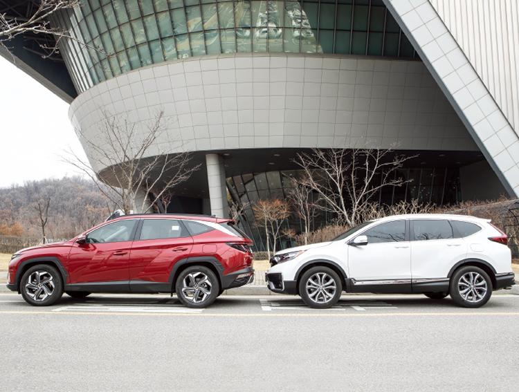 쫓는 자와 쫓기는 자, 현대 투싼 vs 혼다 CR-V